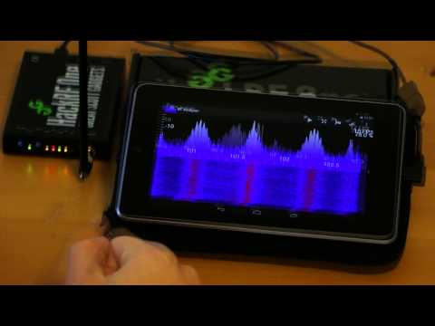 RF Analyzer demonstration - Showing a FFT plot by using an Android device and the HackRF