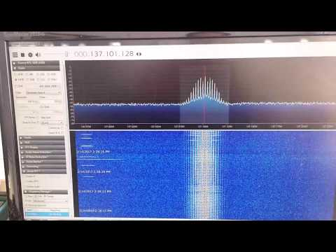137 MHz NOAA WX sat reception using V-dipole antenna