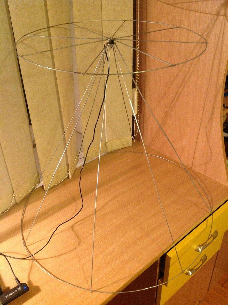 Homemade Wire Coat Hanger Discone