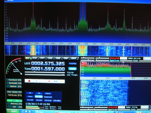 AM Band Reception from Smallest HF Radio