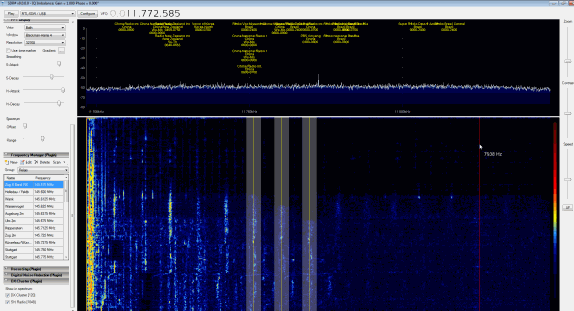 "Modified ""Gubo682"" SDR# showing DX Cluster Frequency Names, Audio Spectrum and Notch Filter."