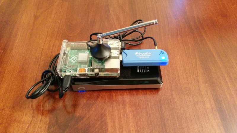 RTL-SDR, Rasperry Pi, WiFi dongle and portable battery pack for receiving UAT.
