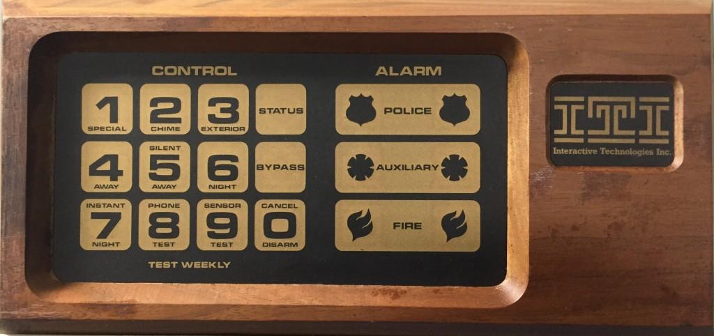 Vintage wireless alarm keypad reverse engineered with an RTL-SDR