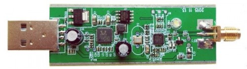 New RTL-SDR PCB with side ground tracks.