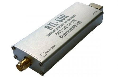 The new RTL-SDR dongle design with aluminium case.