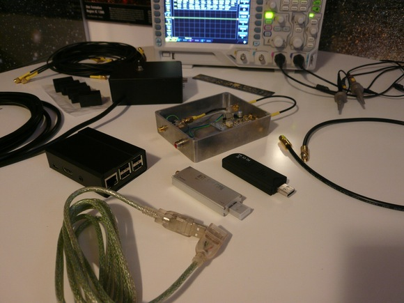 Mario's setup including RTL-SDR dongle, upconverter and Raspberry Pi.