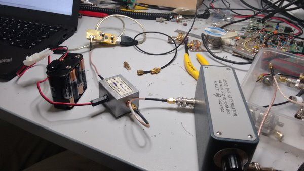 Testing the attenuated SSDV signal reception with an RTL-SDR.