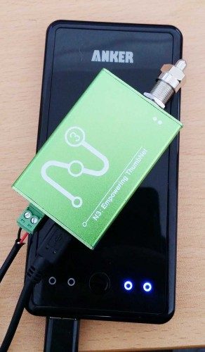 ThumbNet N3 running via a lithium battery pack.