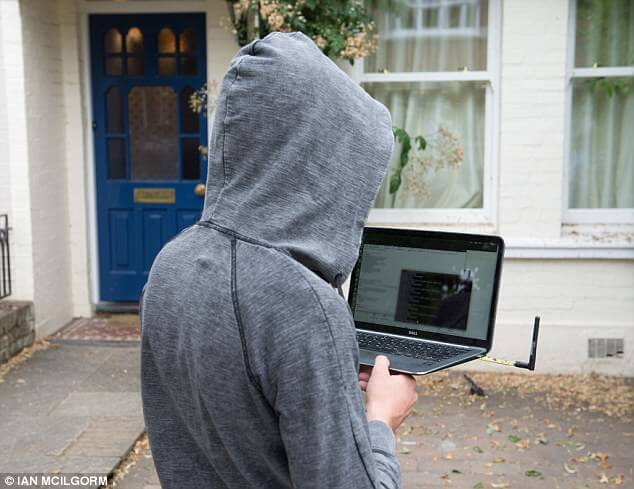 DailyMail shows how a YS1 can be used to jam a wireless burglar alarm.