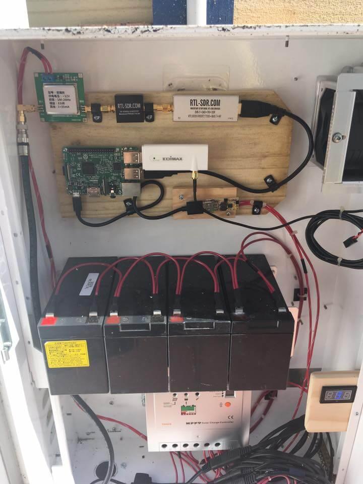 A Solar Powered Raspberry Pi + RTL-SDR NOAA Weather
