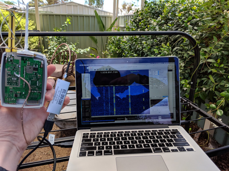 Modified Radiosonde L-Band Antenna connected to a RTL-SDR V3.